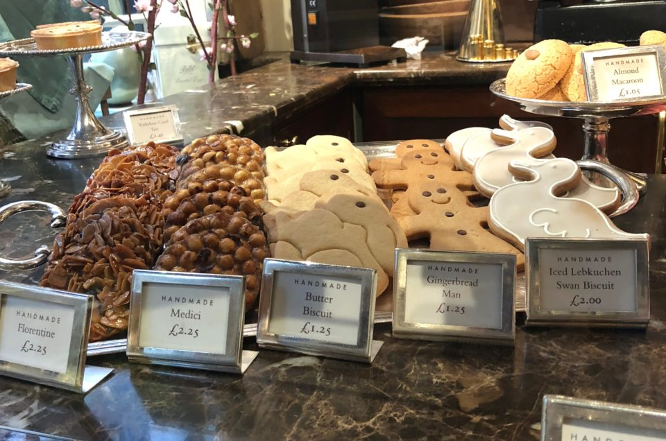 Pocket Review: Betty's Cafe Tearooms, York – Stonegate, England